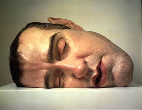 Ron Mueck alla Fondation Cartier